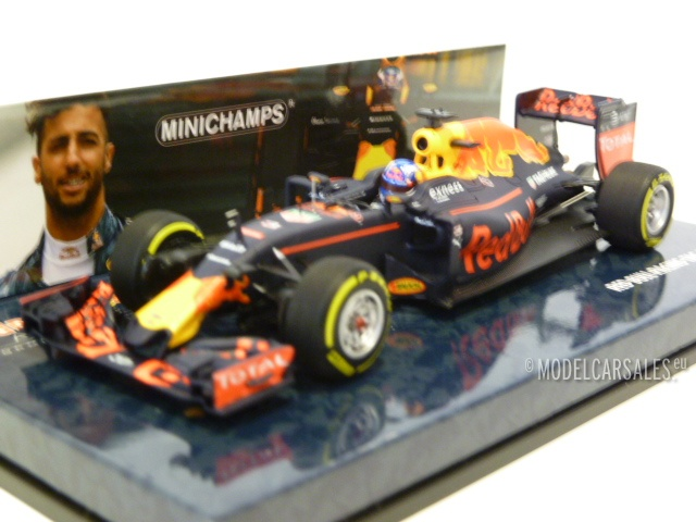 Red Bull Racing TAG-Heuer RB12