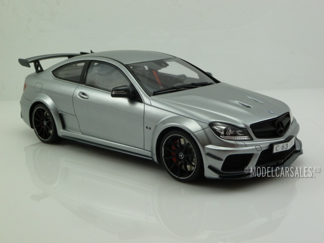 Mercedes Benz C63 AMG Coupe